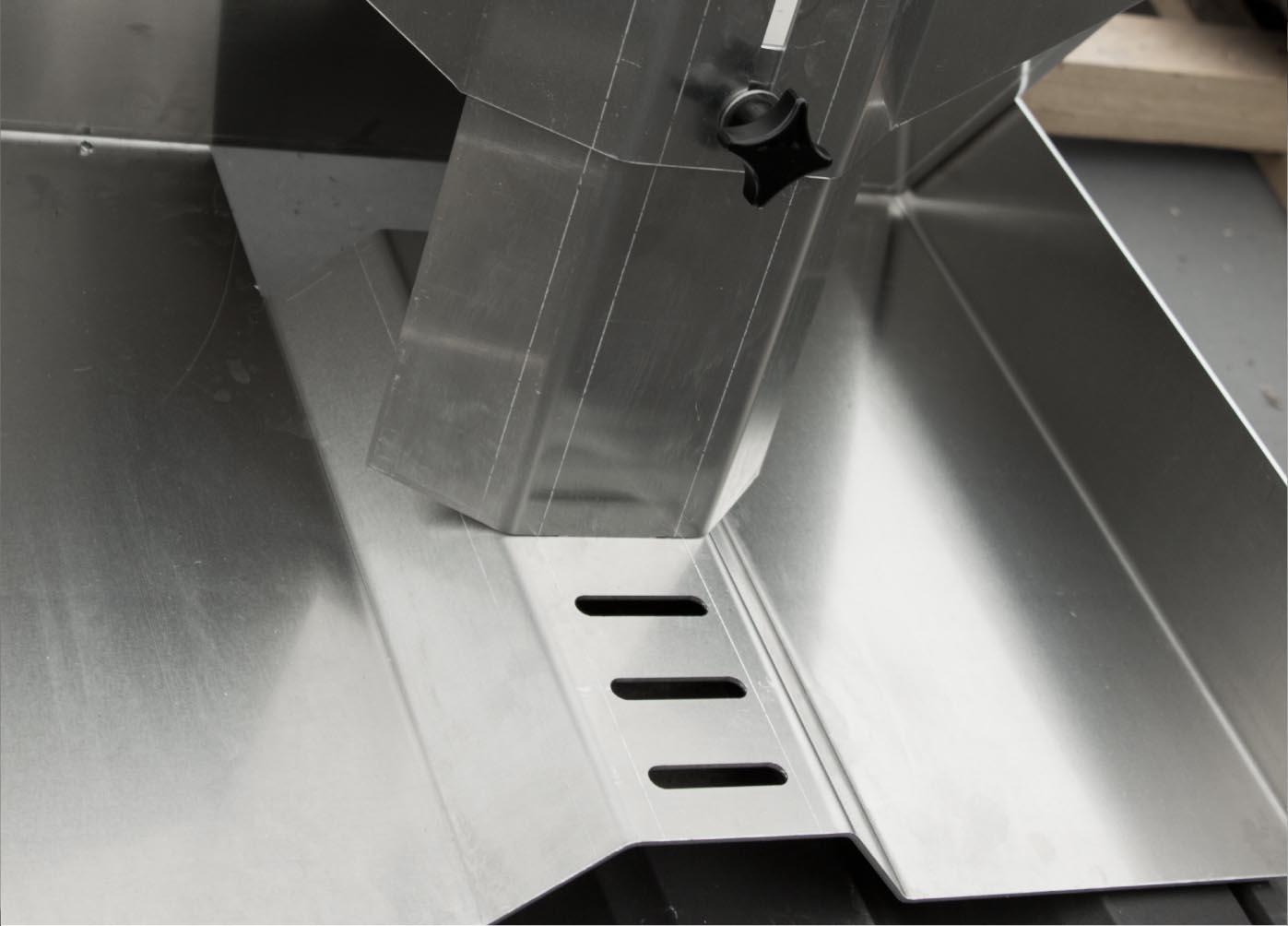 Caisse à outils ToolBox pratikal inclinable pour toiture et charpente