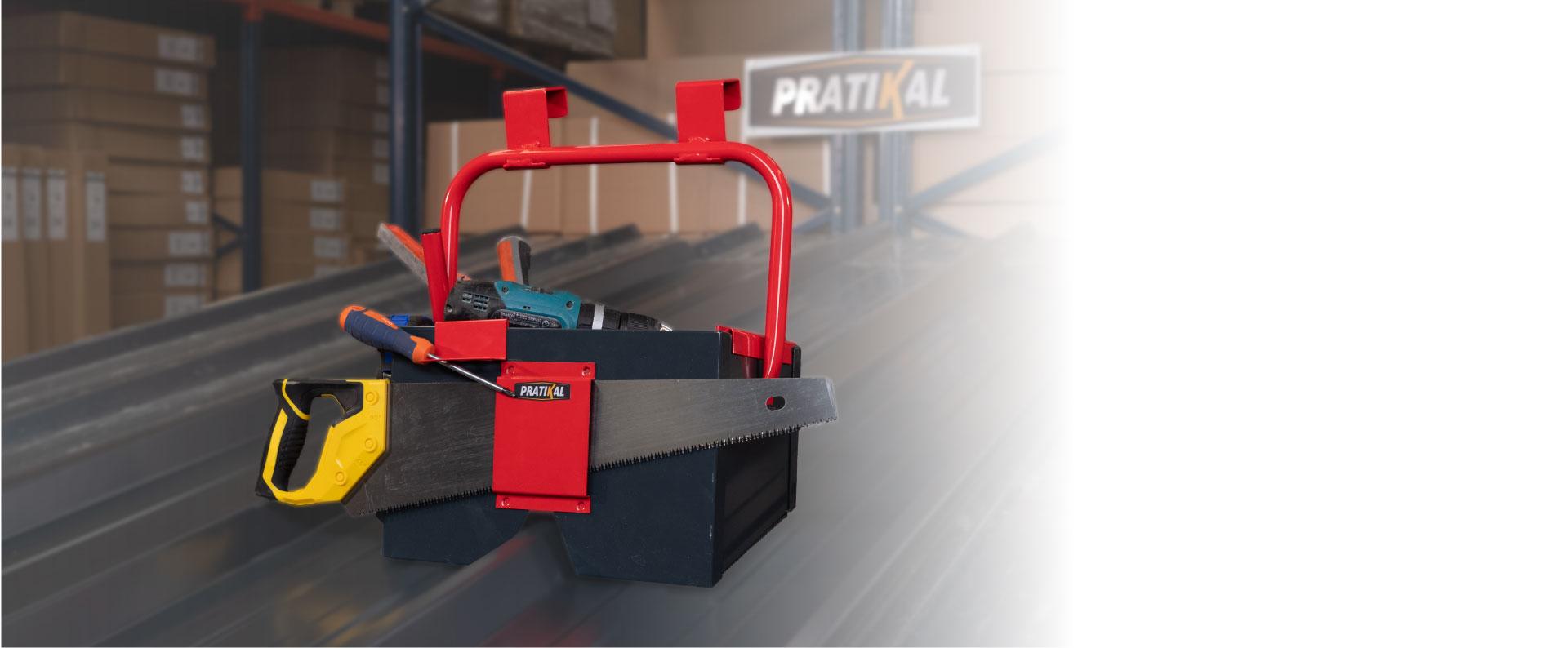 Tous vos outils à portée de main, quelle que soit la pente du toit.